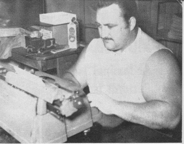 doug-hepburn-typing