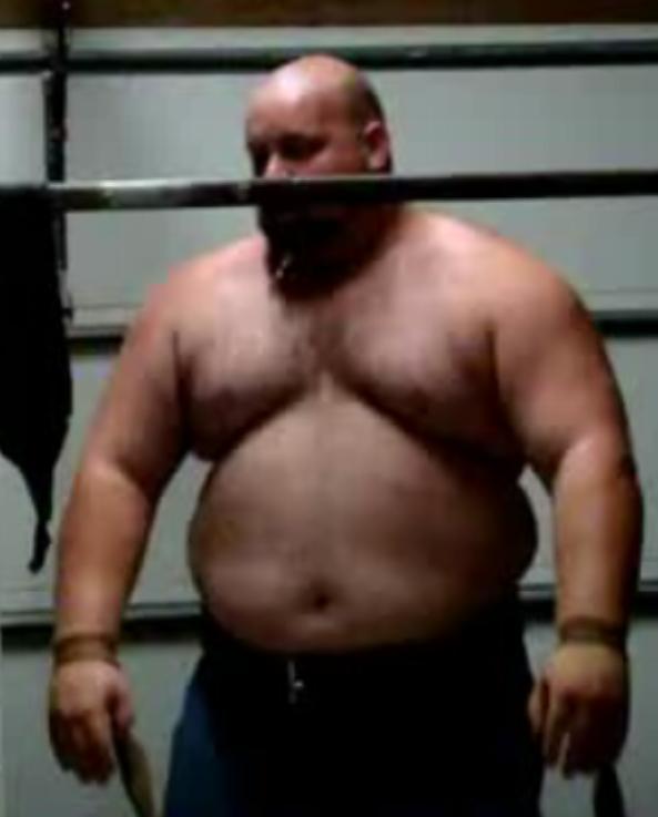 shirtless-bear-patriot-powerlifter