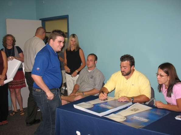 Jeff Saturday autograph 03